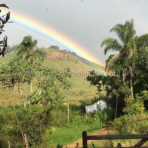 Propriedade em Santo Antônio do Aventureiro-MG